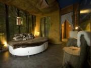 Voorbeeld afbeelding van Bijzonder overnachten Hunebedslaapkamer Best Western Hotel Stadskanaal in Stadskanaal